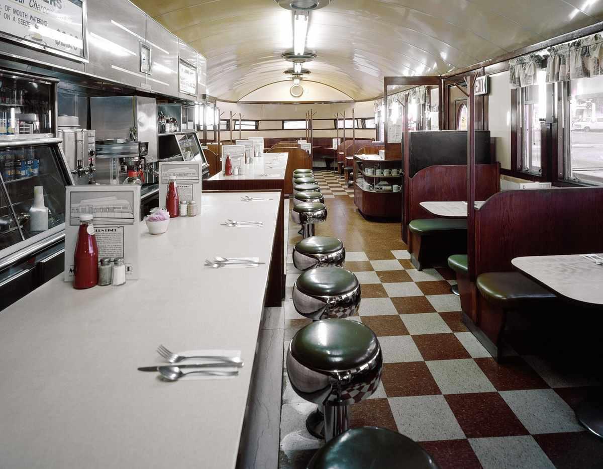 murder mystery diner